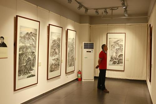 助力冬奥:河北省美术家协会主席团中国画名家邀请展开幕